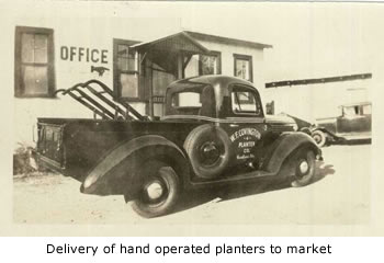Hand Planters to Market